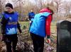 Школьники и волонтёры отряда «Феникс» #Чёрновскойшколы участвуют в акции «Воинские захоронения».
