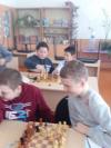 В Чёрновской школе во время зимних каникул проводились мероприятия, в которых участвовали и реализовали свои творческие способности все желающие. 4 января ребята участвовали в соревнованиях по шахматам.