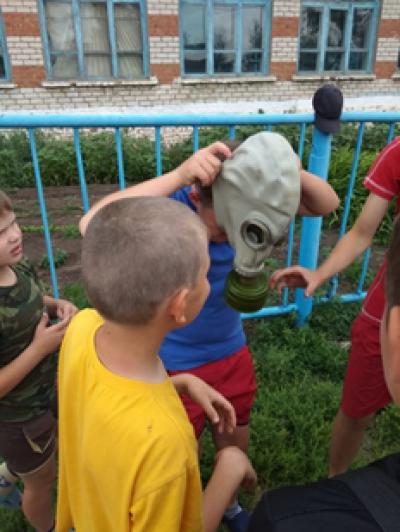 В Чёрновской школе традиционно - ежегодно проходит военно-спортивная игра «Зарница».
